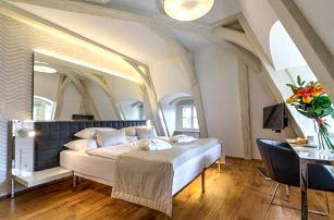 Hvězdná dovolená v podhradí Pražského hradu