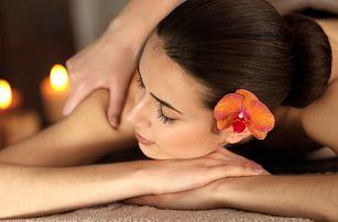 Thajská masáž zad a šíje nebo reflexní masáž