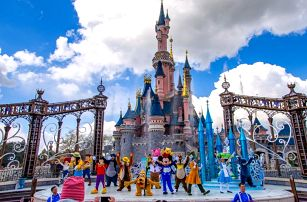Pohádkový zájezd do Paříže a Disneylandu - Eiffelova věž, mořský svět i známá ZOO se snídaní