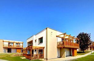 Pasohlávky, Aqualand Inn Hotel a největší aquapark v ČR