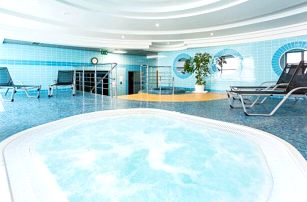 Polsko v historickém městě blízko Vratislavi: 4* Qubus Hotel Legnica s wellness a polopenzí + dítě do 6 let