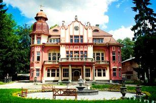 Vysočina: Romantický pobyt v Letohrádku sv. Vojtěch s wellness, odpolední kávou, slevou na masáže a snídaní