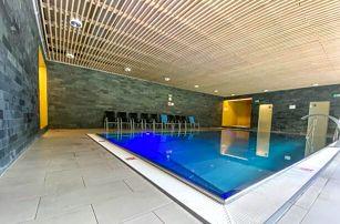 Vysočina u CHKO Žďárske vrchy v Hotelu SKI *** s neomezeným wellness (bazén, vířivka), polopenzí a slevami