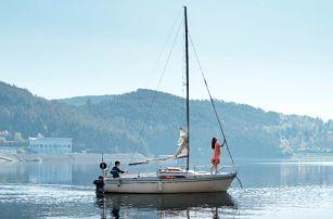 Pronájem jachty na Orlíku: 1-2 noci na vodě
