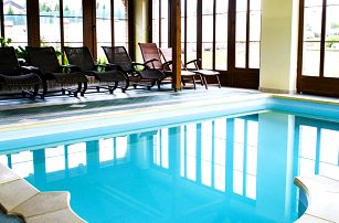 Relax v Lednicko-valtickém areálu: jídlo a bazén