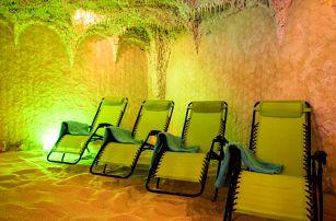 Relaxace v solné jeskyni i s léčebnými procedurami
