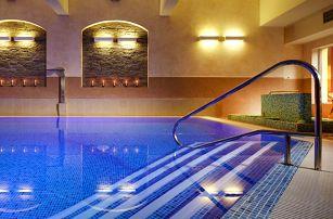 Zrekonstruovaný hotel na Šumavě: wellness, polopenze