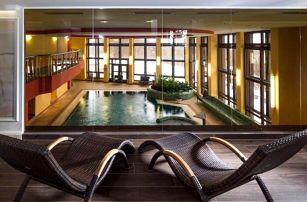 Mariánské Lázně luxusně v Hotelu Excelsior **** s až 14 léčebnými procedurami, neomezeným wellness + polopenze