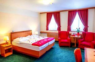 Jeseníky: Relax blízko ski areálů v Hotelu Slovan **** se saunou, vířivkou, procedurami a polopenzí