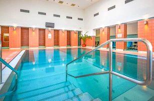 Turčianské Teplice: Hotel Rezident *** se vstupem do aquaparku, procedurami a polopenzí + dítě zdarma