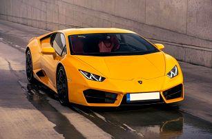 Jízda nejnovějším Lamborghini na závodním okruhu v Brně
