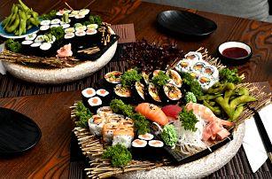 Bohaté sushi sety i se saláty či sójovými boby