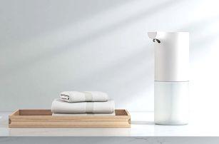 Bezdotykový dávkovač mýdla nebo LED dávkovač se senzorem