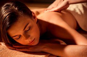 Thajská nebo olejová masáž v délce 60 nebo 90 minut