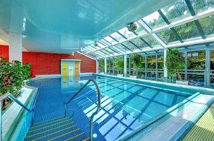 Karlovy Vary: Relax, wellness či léčebný pobyt v Hotelu Royal Regent **** s polopenzí, procedurami a bazénem