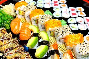 Až 52 ks sushi: chřest, tofu, krevety, losos i tuňák